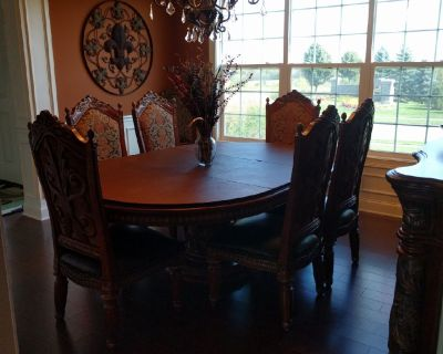 Villa Valencia Dining room set. Table, 6 chairs and buffet