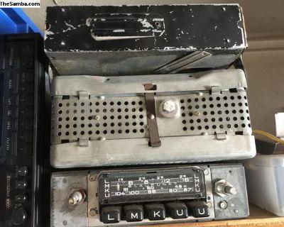 Various radios and power packs u pick
