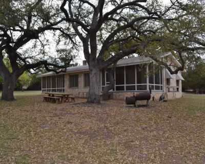 Guadalupe riverfront wooded Hill Country acreage located in Downtown Hunt, TX - Hunt