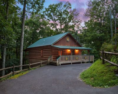 Autumn is Calling, and Rates are Falling! Book Now! - Pigeon Forge