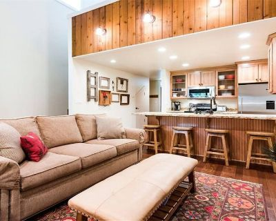 PC Mountain Retreat- Steps to Hiking/Biking Trails! Now Booking Summer 2021! - Downtown Park City