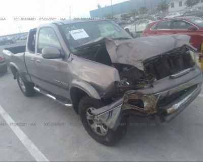 Salvage Silver 2000 Toyota Tundra
