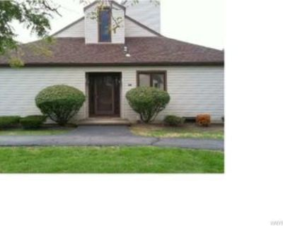 101 Old Meadow Dr, East Amherst, NY 14051 1 Bedroom Apartment