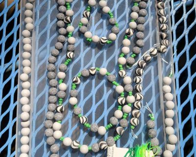 VENMO $6 Grey Clay Beads Jewelry and Lot