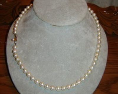 """20"""" Strand of """"AA"""" Pearls 14K Yellow Gold Clasp"""
