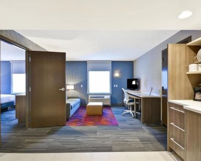 2-Bedroom Suite at Home2 Suites by Hilton Kansas City KU Medical Center by Suiteness - Rosedale