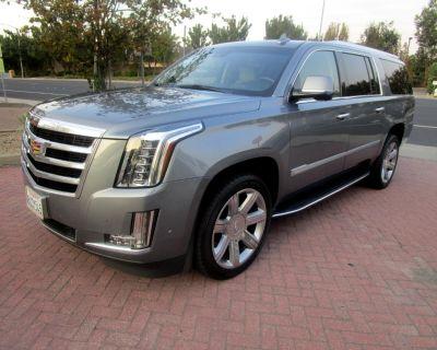 Used 2020 Cadillac Escalade ESV 4WD LUXURY**DRIVER ASSIST**HEAT-AC SEATS**CAPT CHA