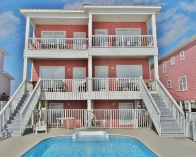 Direct Beachfront duplex With Private Pool ~ 5 Bedroom /3 Bath ~ Sleeps 14 - Gulf Shores