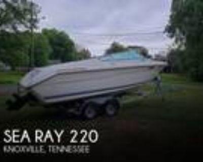 Sea Ray - 220 Overnighter