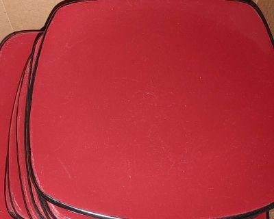 EUC Burgundy Corelle Hearthware & Stonware Plates