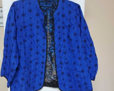 26 INCHES, CATHERINE'S, REVERSIBLE JACKET, FROM THE BACK DOWN, EXCELLENT CONDITION, SMOKE FREE HOUSE