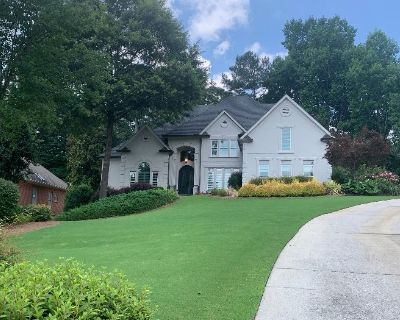 Come Find Your PERFECT PIECE at this STUNNING Home in Cumming!