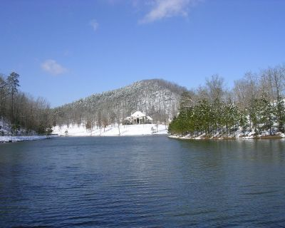 West Little Rock (Ferndale) 45+- Acre Country French Estate with Private Lake - Little Rock