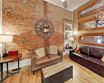 Historic Loft Apartment - 2 Blocks to Pack Square! - Downtown Asheville