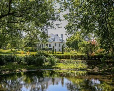 Rock Spring Retreat - Historic Farmstay & Scenic Event/Retreat Venue - Shenandoah Junction