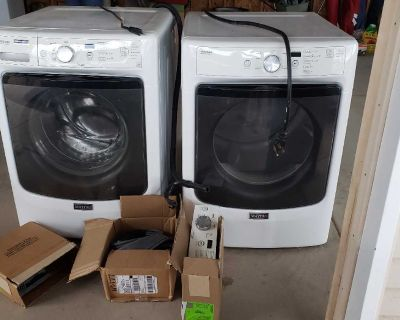 Maytag washer and dryer with extra parts