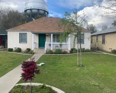 Super cool downtown home. Best location in Bakersfield - Riviera - Westchester