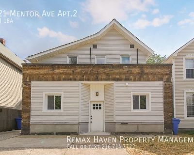 1621 Mentor Ave Apt. 2 (Down Rear), Cleveland/Tremont - 2 bed 1 bath