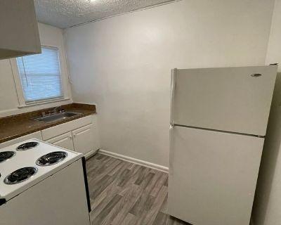 Apartment Rental - 2101 Kecoughtan Rd