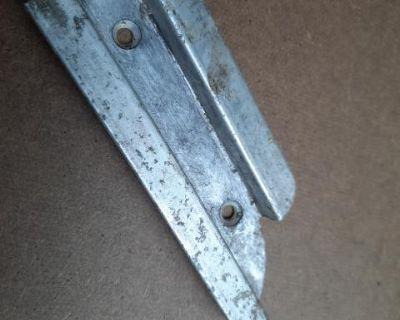 Ragtop track rail end piece