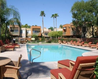Well Furnished Apartment with HEATED POOL and patio - South Scottsdale