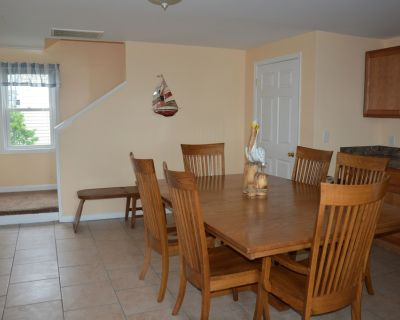 Apt A, Bayside 3 bedroom/2 bathroom apartment, fully furniture - Ocean City