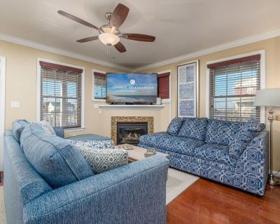 Spacious, three-level 3BR & den townhouses in downtown Ocean City. - Ocean City