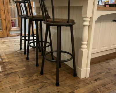 3 Barstools, metal & wood. Oil Rubbed Bronze. Bar height (seat is 30 ). Nice and sturdy. $100 for all 3.