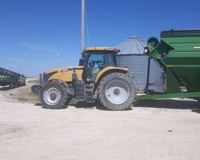 2013 Challenger Tractor