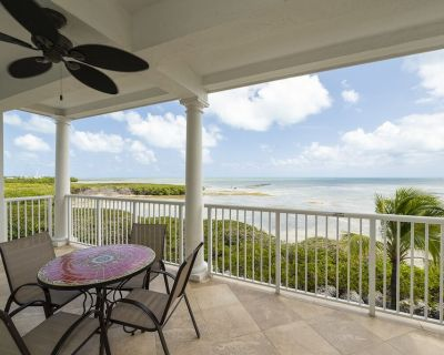 Oceanfront 3 bedroom Condo - 6 pools, Marina, and Restaurant in gated property. - Stock Island