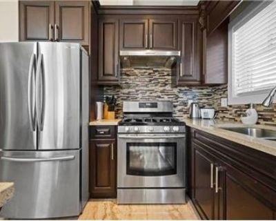charming 1 bedroom Vancouver Furnished Condo
