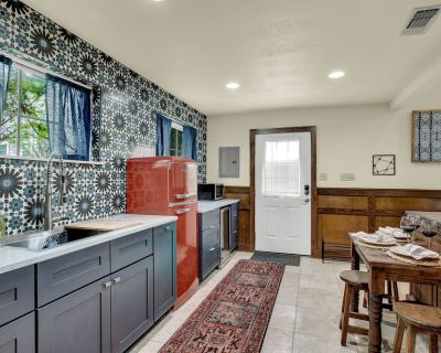 NEW! Upscale Home on 1-acre w/Fire Pit & Grill - Fredericksburg