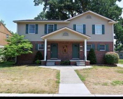 4622 Rochester Rd #1, Royal Oak, MI 48073 3 Bedroom Condo