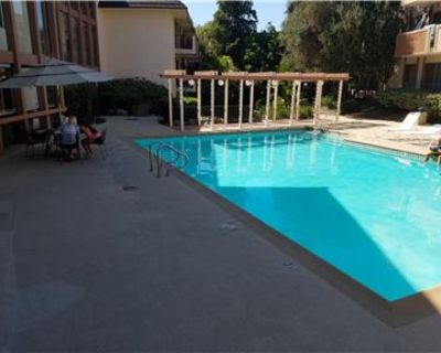 2 , 2, furnished condo by Cal State Long Beach, Ca