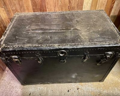 Cool Black Steamer Trunk - great storage