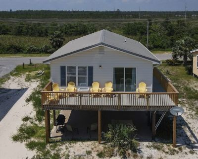 Happy Clam: 3bedroom, 1+ Bath, Pet Friendly House located 2 Blocks from Beach - Gulf Shores