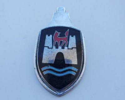 ty 1 hood crest original used