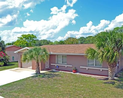 Enjoy the Warm Mineral Springs Vacation Rental Home of North Port, Florida - North Port