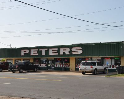 Peters liquor Store for sale or lease