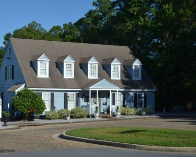 2560 SF of West Mobile Office Space