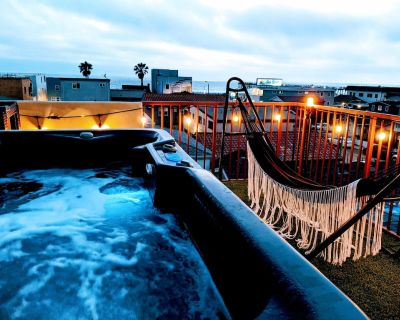 OCEAN VIEW HOT TUB | LUXE HOUSE | STEPS TO THE SAND & PIER - Hermosa Beach