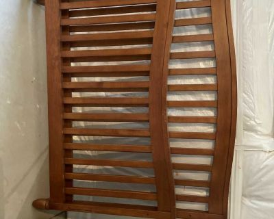Pali, solid wood Full Size Bed or Crib