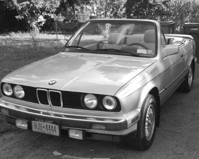 1988 BMW convertible, 325, sho...
