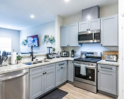 Eastwood B Vibrant Masterpiece Gated 13Bds Sleeps20| B - Foster Place