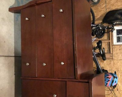 Free Dresser Changing table