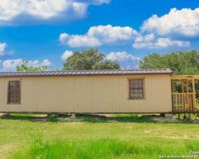 108 Private Road 7741, Devine, TX 78016 1 Bedroom Apartment