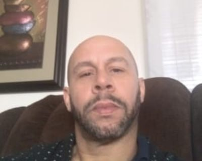 Gary Strickland, 40 years, Male - Looking in: Victorville CA