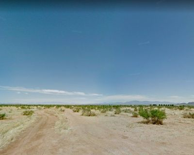 $1,500- .83 Acres in Pearce, AZ- Offgrid subdivided lot (we have 2 more in Cochise County)!!