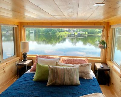 The View - Waterfront Tiny Home With Incredible Panoramic Views - Northwest Orlando