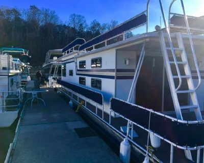 1983 Sumerset House Boat Norris Lake Completely Renovated
